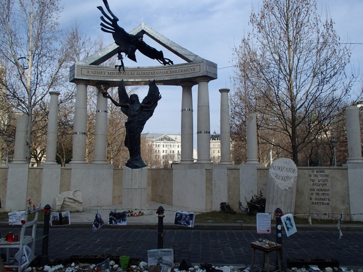 WWI Monument, and the peoples reaction to it..